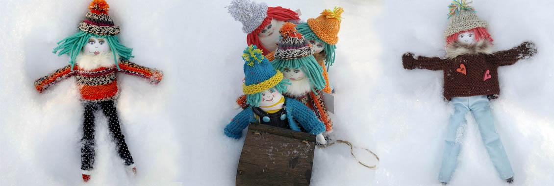 poupées Mélie dans la neige